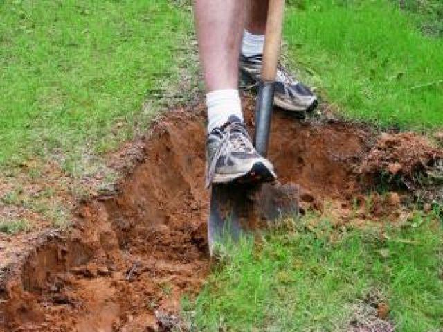 Верхний плодородный слой почвы может пригодится для других целей