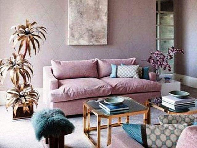 Выбранный цвет окраски стеклообоев отлично гармонирует с покрытием пола и с мебельными аксессуарами