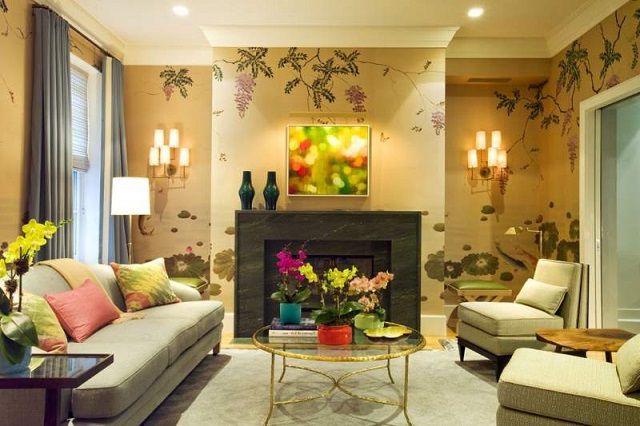 Теплые пастельные тона отделки наполняют гостиную уютом