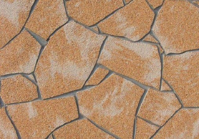 Фрагмент стенки цоколя, облицованной «гибким камнем»