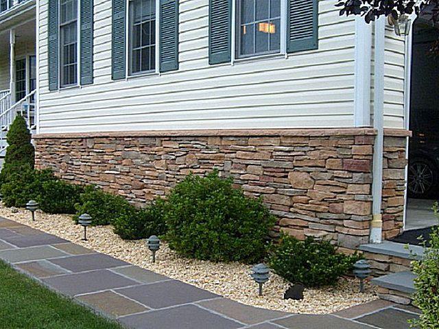Хорошей альтернативой натуральному материалу может стать качественный искусственный камень