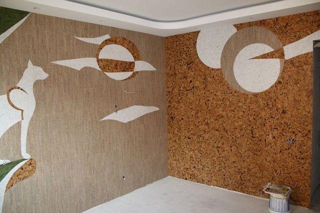 Аппликационное оформление стен пробковыми обоями