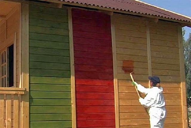 Отделка фасада краской прослужит намного дольше, если выполнять работы в оптимальных для этого условиях