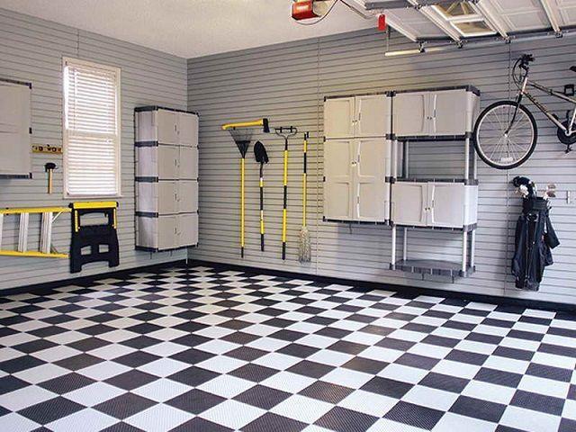В идеале – бетонную стяжку пола в гараже закрыть каким-либо высокопрочным облицовочным покрытием