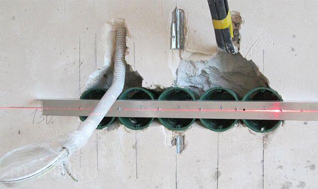 В правильно установленнуй группу подрозетников потом будет проще смонтировать механизмы и рамку