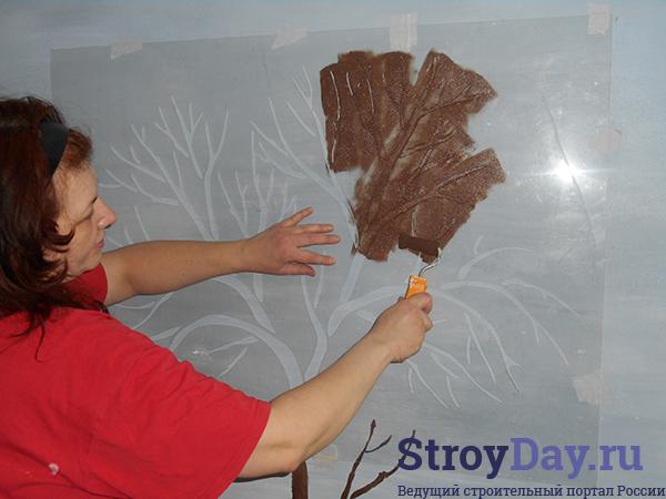 Трафаретная роспись стен своими руками
