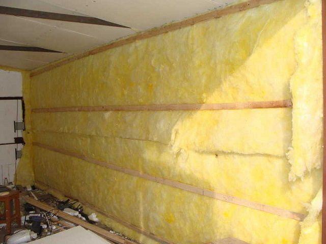 Стены гаража, утепляемые минеральной ватой
