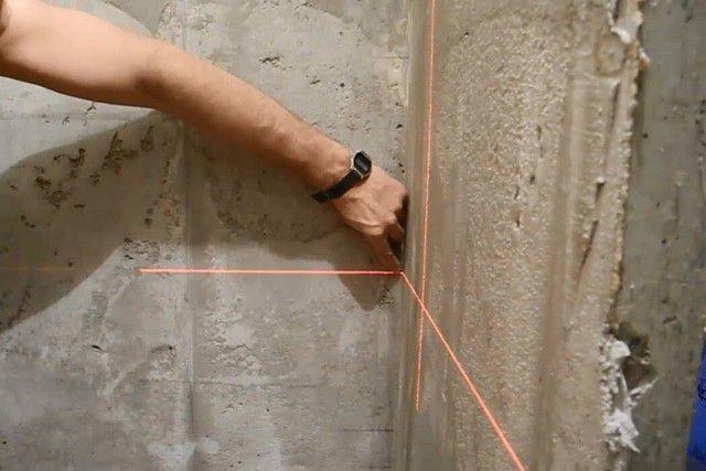 Лазерный уровень – оптимальный инструмент для контроля ровности стен во всех плоскостях