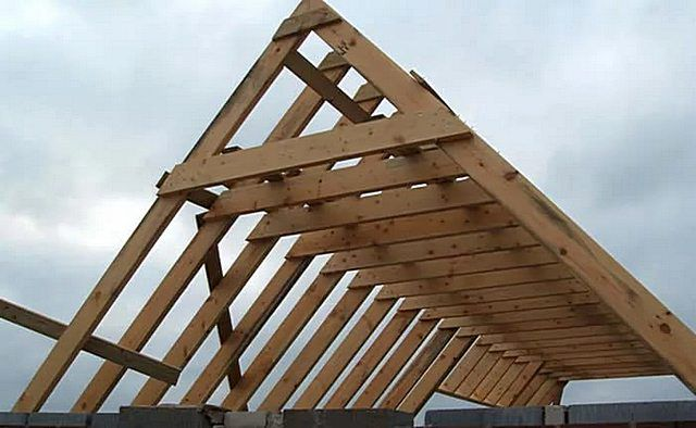 Размер стропил для двухскатной крыши