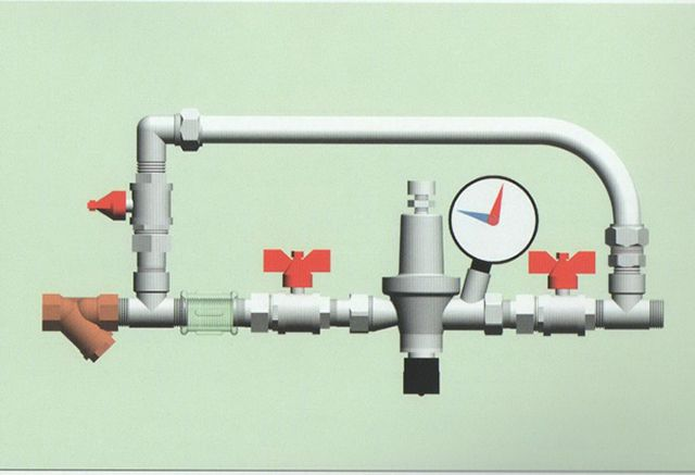 Байпас с краном или вентилем поможет всегда сделать подпитку вручную даже при отсуствии редукционного клапана