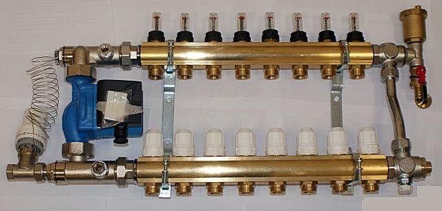 Байпас с балансировочным клапаном между «гребенками» коллектора позволяет точно настроить необходимый уровень давления в них, не допуская скачков, гидроударов, зон разрежения и т.п.