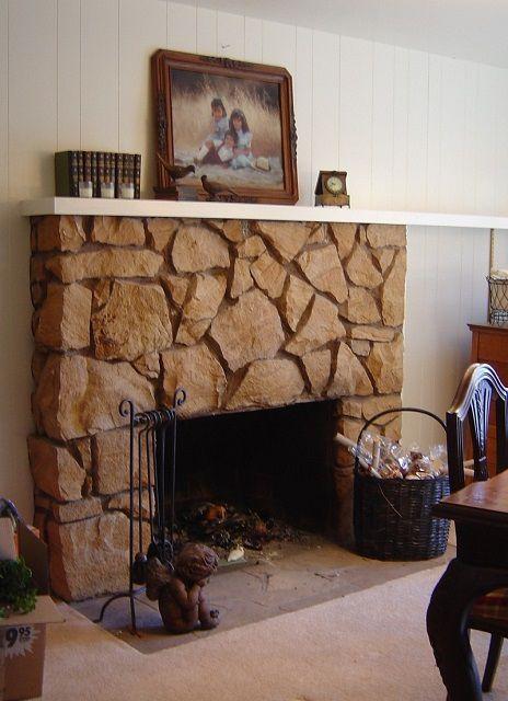 Типичный образец камина, встроенного в стену