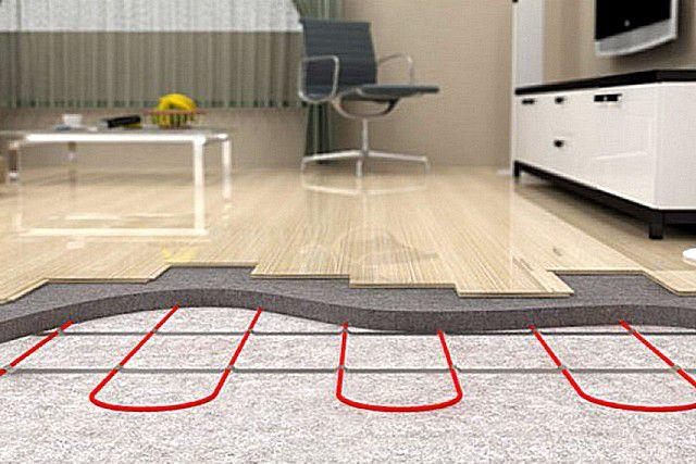 Эффективность кабельного «теплого пола», по аналогии с водяным, также зависима от наличия термоаккумулирующей бетонной стяжки