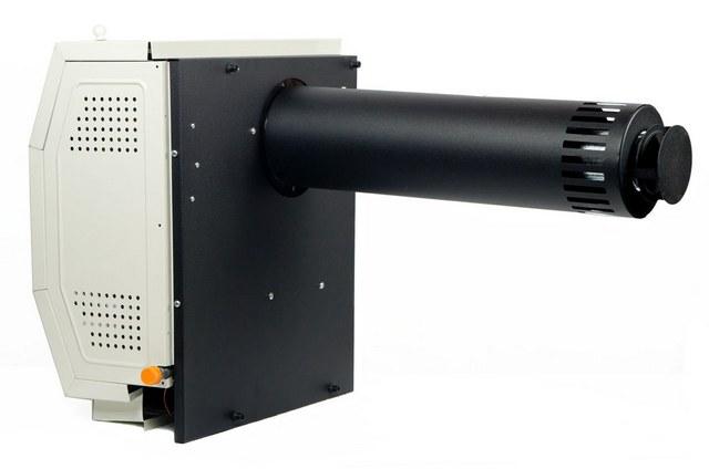 Вид с тыльной стороны газового конвектора – хорошо показан коаксиальный дымоход, через который осуществляется и подача воздуха в камеру, и отвод продуктов сгорания