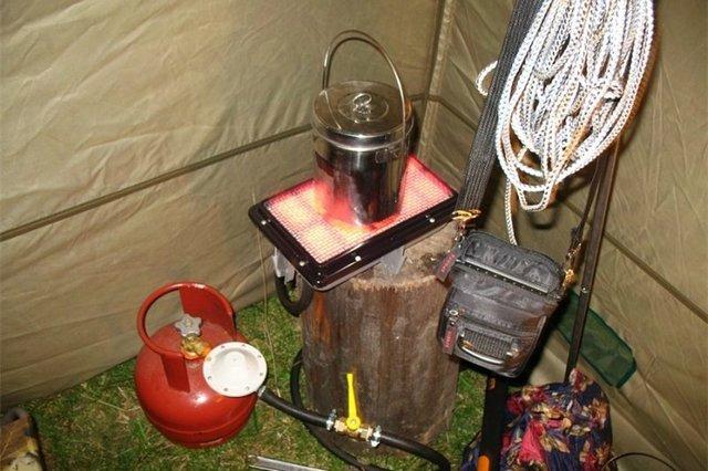 Многие модели газовых обогревателей настолько компактны, что их вполне можно брать с собой для отдыха на природе, на охоту, на зимнюю рыбалку, в туристический поход