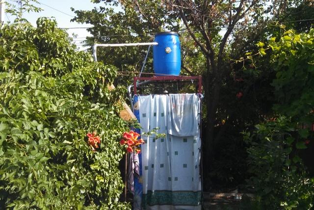 Летний душ своими руками с солнечным коллектором