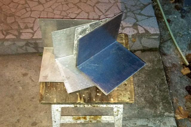 Дюралевые пластины, по идее, должны включиться в процесс аккумуляции и отдачи тепла