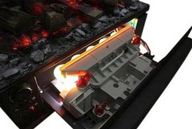 Эффект появляется не сразу – вначале только загораются лампы подсветки, а генератору необходимо выработать нужное количество водяного пара
