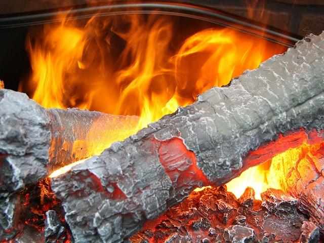 Даже при рассмотрении игры «пламени» с минимальной дистанции, эффект натуральности – просто потрясающий!