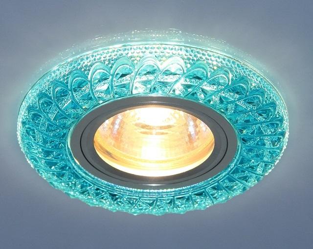 Точечные светильники широко используются на натяжных, подвесных и многоуровневых потолках