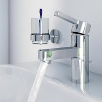 Смеситель для раковины в ванную комнату