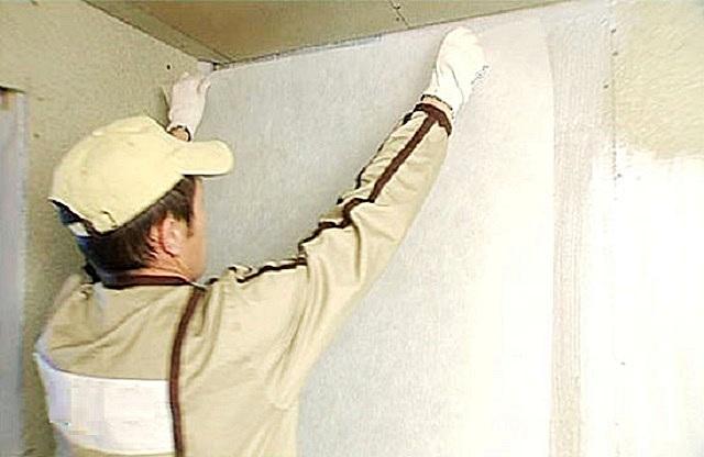 Наибольшей универсальностью отличается стеклохолст-«паутинка» с плотностью 40 г/м²