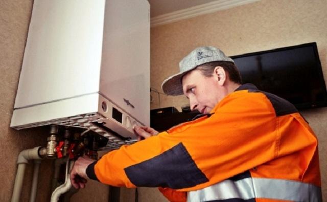 Подключение и запуск отопительного оборудования всегда доверяются только квалифицированным специалистам