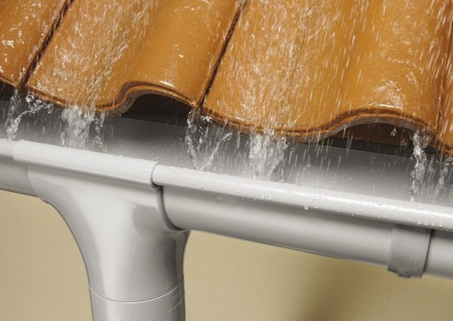 Водостоки оцинкованные из стали изготовление монтаж желоба и устройство водосточной системы из оцинковки