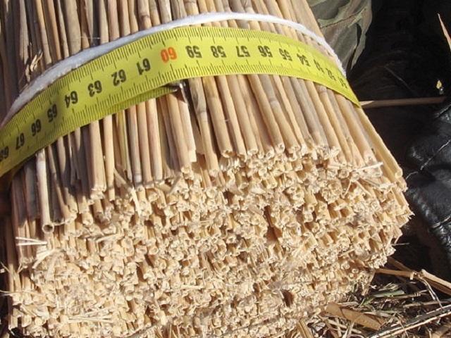 Тюкованный камыш: стандартный размер снопа в обхвате – 600 мм