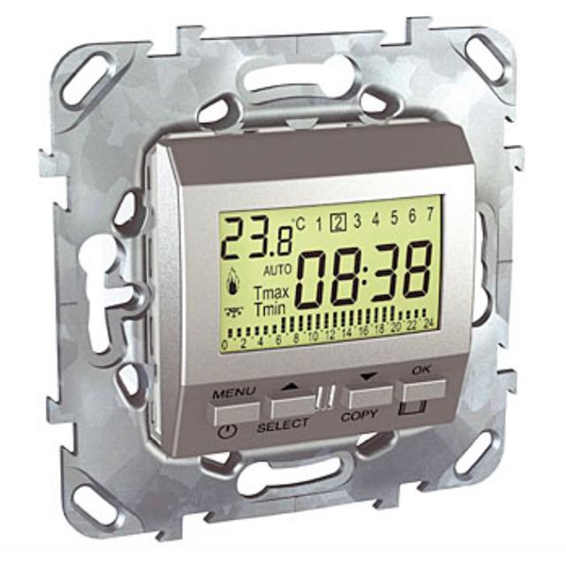 Программируемый термостат может монтиоваться в обычную монтажную коробку для розеток или выключателей