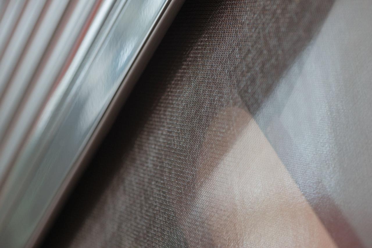 Роллеты с антимоскитной сеткой