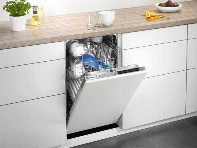 Лучший способ заставить детей или мужа помыть посуду