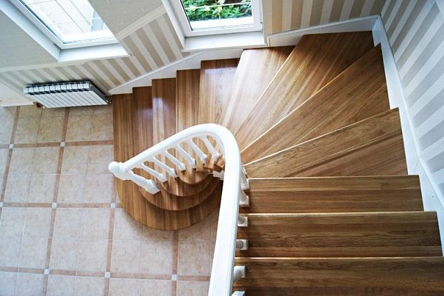 Металлическая лестница на второй этаж своими руками 95