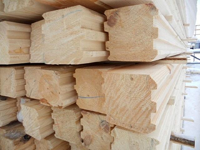 Массивный профилированный брус – как правило, для его изготовления уже применяется хорошо просушенная древесина