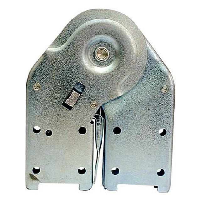 Шарнир, позволяющий смонтировать складную металлическую лестницу