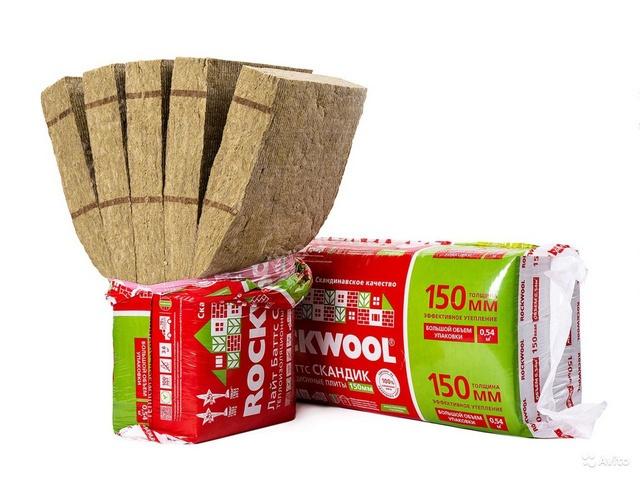 Отличное решение для утепление крыши – плиты «ROCKWOOL ЛАЙТ БАТТС СКАНДИК» с пружинящей краевой зоной, что делает монтаж простым и очень надежным