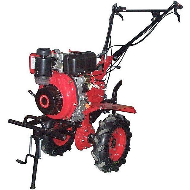Тяжелые мотоблоки без особого преувеличения по своей функциональности и заложенному моторесурсу уже можно отнести к мини-тракторам