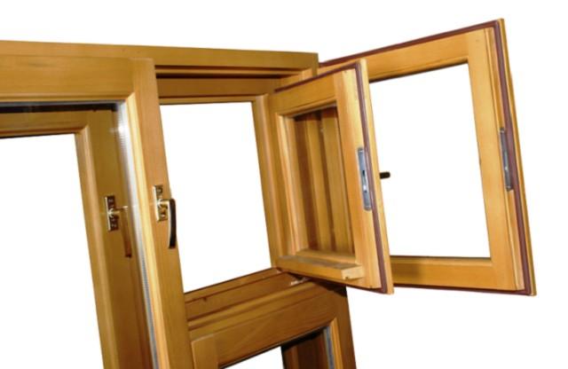 Окно с раздельными рамами – согласитесь, не слишком удобно в эксплуатации.