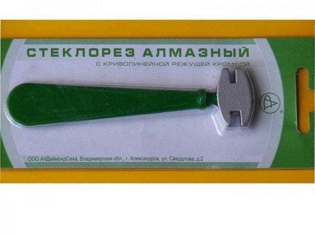 Алмазный стеклорез с криволинейной режущей кромкой – такой инструмент обычно относят к «любительскому» классу