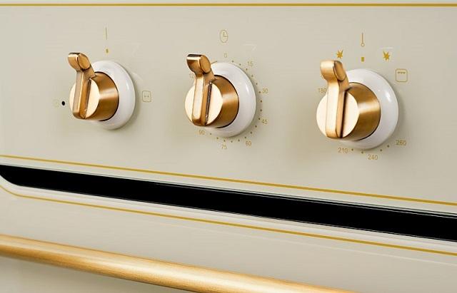 «Классическое» управление газовыми и многими электрическими духовками – одна или несколько поворотных рукояток, которые, кстати, нередко становятся и своеобразным декоративным украшением прибора.