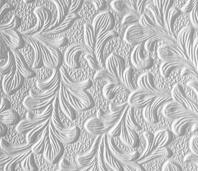 Бумажные обои с глубоким рельефным рисунком. Здесь без подгонки узоров или орнаментов уже никак не обойтись.