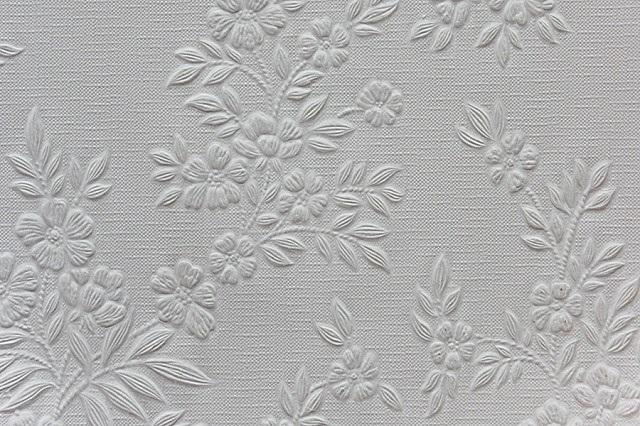 Бумажные тиснёные обои под покраску с внешним эффектом шелкографии