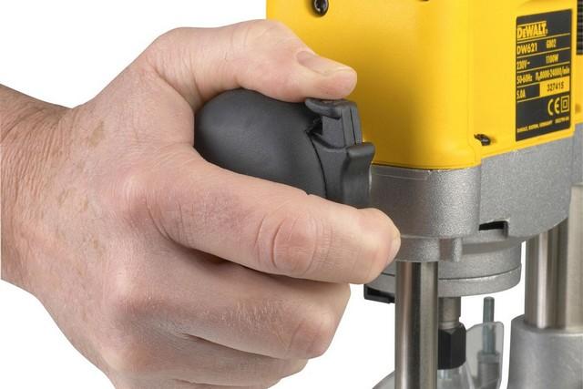 Обязательно проверьте при выборе особенности расположения клавиш (кнопок) управления и удобство пользования ими – это не должно вызывать быстрого утомления руки.