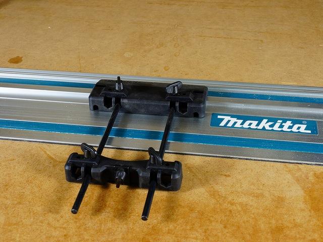 Направляющая шина с башмаком-адаптером на штангах