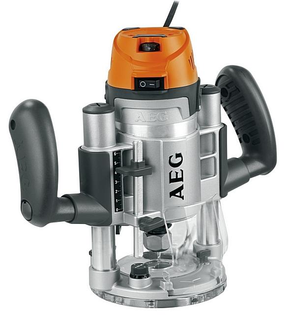 Модель «AEG MF 1400 KE» широко известна еще и тем, что в комплект к фрезеру входит очень много полезных дополнительных приспособлений.