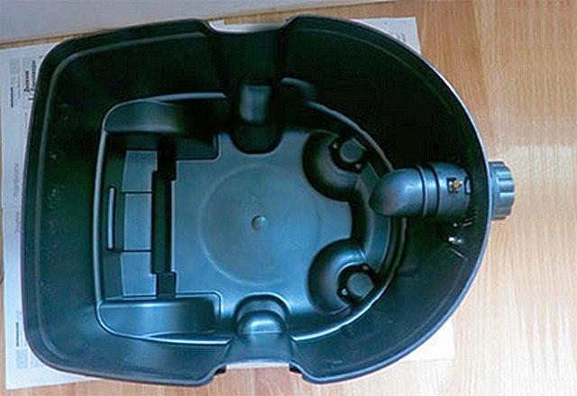 Мусоросборник циклонного типа – позволяет быстро проводить уборку больших объемов крупного мусора или отходов