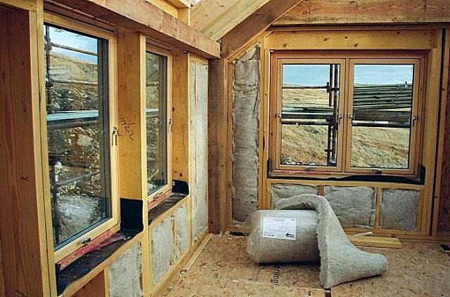 Утепление каркасного дома натуральными материалами.