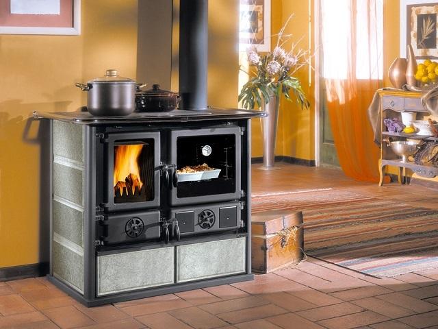 Многофункциональная печь-камин «La Nordica Rosa»