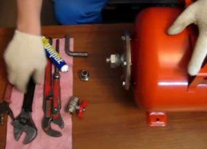 Расширительный бак для системы отопления: установка расширительного бака по инструкции