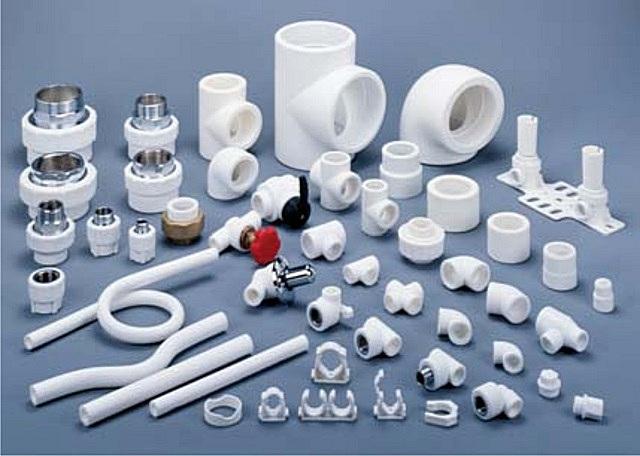 Для полипропиленовых труб выпускается очень широкий ассортимент доборных фасонных деталей и узлов